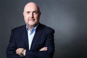 Peter Llewellyn-Davies (CEO)